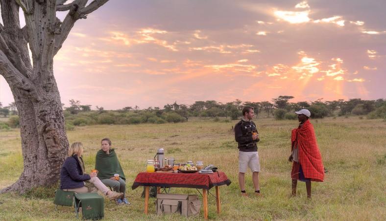 Picnic breakfast, Kicheche Mara camp, Mara north conservancy